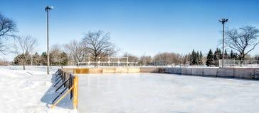 Εξωτερική αίθουσα παγοδρομίας πάγου στοκ φωτογραφία με δικαίωμα ελεύθερης χρήσης