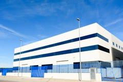 Εξωτερική βιομηχανική αποθήκη εμπορευμάτων στοκ εικόνα