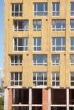 Εξωτερική μόνωση τοίχων Στερεά μόνωση τοίχων Ανακαίνιση τοίχων σπιτιών ενεργειακής αποδοτικότητας για την ενέργεια - αποταμίευση Στοκ εικόνες με δικαίωμα ελεύθερης χρήσης