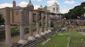 Εξωτερικό του αρχαίου φόρουμ Romanum καταστροφών σε σε αργή κίνηση Ρωμαϊκό φόρουμ στο κέντρο της πόλης της Ρώμης, Ιταλία φιλμ μικρού μήκους