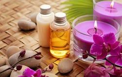 εξωτική flower massage products spa πετσέτα πετρών Στοκ φωτογραφία με δικαίωμα ελεύθερης χρήσης