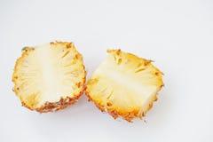 Εξωτικός ανανάς μωρών φρούτων που απομονώνεται στο άσπρο υπόβαθρο υγεία στοκ φωτογραφίες