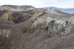 Εξωτικός δύσκολος δρόμος στον κρατήρα του ηφαιστείου Το ηφαίστειο βρίσκεται διάσημο Caldera Santorini στοκ φωτογραφία