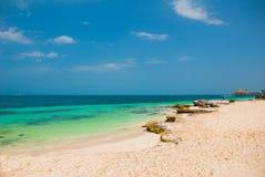 Εξωτικός παράδεισος θέρετρο τροπικό Καραϊβική θάλασσα, Cancun Παραλία του Μεξικού τροπική στις Καραϊβικές Θάλασσες στοκ φωτογραφία με δικαίωμα ελεύθερης χρήσης