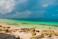 Εξωτικός παράδεισος θέρετρο τροπικό Καραϊβική θάλασσα, Cancun Παραλία του Μεξικού τροπική στις Καραϊβικές Θάλασσες στοκ φωτογραφίες
