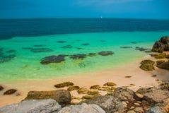 Εξωτικός παράδεισος θέρετρο τροπικό Καραϊβικός λιμενοβραχίονας θάλασσας κοντά σε Cancun Παραλία του Μεξικού τροπική στις Καραϊβικ στοκ εικόνα