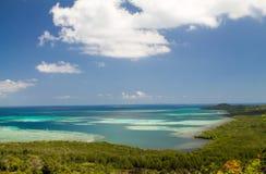 Εξωτικός σκόπελος στο αρχιπέλαγος Karimunjawa στοκ φωτογραφίες