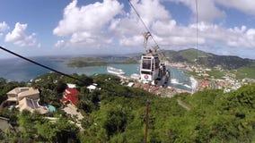 Εξωτικό καραϊβικό τοπίο Τελεφερίκ σε μας παρθένα νησιά Skyride απόθεμα βίντεο