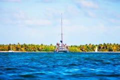 Εξόρμηση στη βάρκα στον ωκεανό, Punta Cana Στοκ Εικόνες