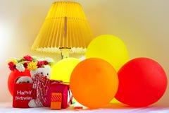Εορτασμός γενεθλίων με τα μπαλόνια Στοκ Εικόνες