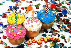 εορτασμός κεριών cupcakes Στοκ εικόνες με δικαίωμα ελεύθερης χρήσης