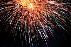 Εορτασμός με τα πυροτεχνήματα λεπτομέρειας των χρωμάτων Στοκ φωτογραφία με δικαίωμα ελεύθερης χρήσης