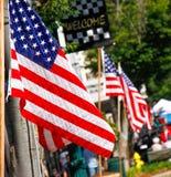 Εορτασμός οδών στις 4 Ιουλίου αμερικανικών σημαιών Στοκ Εικόνα