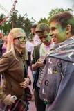 Εορτασμός του ινδικού φεστιβάλ των χρωμάτων και της άνοιξη Holi στο πάρκο του Γκόρκυ Στοκ φωτογραφίες με δικαίωμα ελεύθερης χρήσης