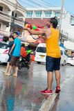 Εορτασμός του φεστιβάλ Songkran, το ταϊλανδικό νέο έτος σε Phuket Στοκ Φωτογραφία