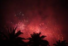 Εορταστικά πυροτεχνήματα Στοκ φωτογραφίες με δικαίωμα ελεύθερης χρήσης