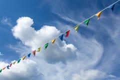 Εορταστικές σημαίες σε Uglich, Ρωσία Στοκ φωτογραφία με δικαίωμα ελεύθερης χρήσης