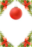 εορταστικό κόκκινο Χριστουγέννων συνόρων μπιχλιμπιδιών Στοκ φωτογραφία με δικαίωμα ελεύθερης χρήσης