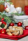 Εορταστικό πλεγμένο ψωμί Στοκ εικόνες με δικαίωμα ελεύθερης χρήσης