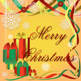 Εορταστικό υπόβαθρο Χριστουγέννων με τα χρωματισμένα δώρα, τις όμορφα κορδέλλες και snowflakes Στοκ εικόνα με δικαίωμα ελεύθερης χρήσης