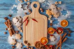 Εορταστικό υπόβαθρο Χριστουγέννων με το μέρος των φρούτων Στοκ Εικόνες