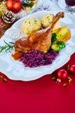 Εορταστικό ψημένο τυμπανόξυλο χήνων για τα Χριστούγεννα Στοκ Εικόνες