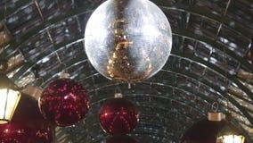 εορταστικό santa ανθρώπων disco κοστουμιών Claus Χριστουγέννων απόθεμα βίντεο