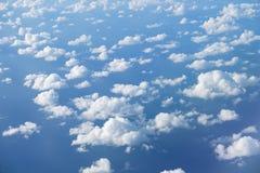 Επάνω από τα σύννεφα - σύννεφα επάνω από τον ωκεανό Στοκ εικόνες με δικαίωμα ελεύθερης χρήσης