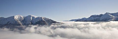 επάνω από τα σύννεφα στοκ εικόνες με δικαίωμα ελεύθερης χρήσης