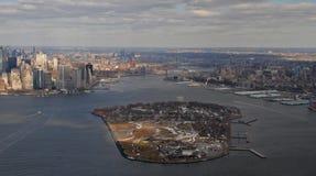 επάνω από την πόλη Νέα Υόρκη Στοκ εικόνα με δικαίωμα ελεύθερης χρήσης