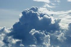 επάνω από τη θύελλα σύννεφω&n Στοκ εικόνα με δικαίωμα ελεύθερης χρήσης