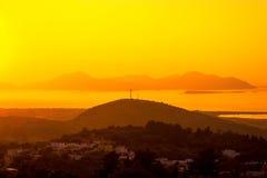 επάνω από το αποτελεσματικό ωκεάνιο ηλιοβασίλεμα πτώσης κίτρινο στοκ εικόνες με δικαίωμα ελεύθερης χρήσης