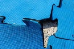 επάνω από το διάστημα γρίφων κομματιού τορνευτικών πριονιών χάσματος αντιγράφων Στοκ Εικόνες