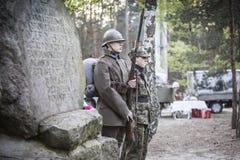 Επέτειος της πρώτης στρατιωτικής εκπαίδευσης το πολωνικό στρατιωτικό ο Στοκ φωτογραφία με δικαίωμα ελεύθερης χρήσης
