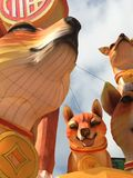 Επίδειξη οικογενειακών φαναριών σκυλιών για το κινεζικό νέο έτος Στοκ φωτογραφίες με δικαίωμα ελεύθερης χρήσης