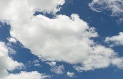 Επίκαιρη ζώνη υποβάθρου σύννεφων μπλε ουρανού Στοκ φωτογραφίες με δικαίωμα ελεύθερης χρήσης