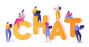 Επίπεδη διανυσματική απεικόνιση κινούμενων σχεδίων Σύνολο ανθρώπων που κουβεντιάζουν στα κοινωνικά δίκτυα Άνδρας και γυναίκα που  ελεύθερη απεικόνιση δικαιώματος
