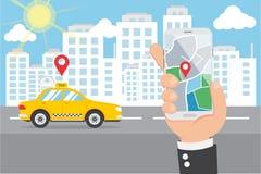 Επίπεδη εκμετάλλευση Smartphone χεριών και έξυπνο ταξί κλήσης στοκ φωτογραφίες