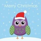 Επίπεδη κουκουβάγια ευχετήριων καρτών Χαρούμενα Χριστούγεννας στο καπέλο santa απεικόνιση αποθεμάτων