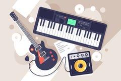 Επίπεδος εξοπλισμός μουσικής με τη electrric κιθάρα, συνθέτης απεικόνιση αποθεμάτων