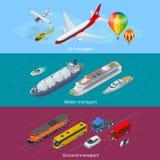 Επίπεδο isometric σύνολο εικονιδίων μεταφορών πόλεων Αέρας, έδαφος και θαλάσσιες μεταφορές Στοκ εικόνα με δικαίωμα ελεύθερης χρήσης