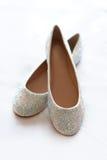 Επίπεδα γαμήλια παπούτσια με το diamante στοκ εικόνες με δικαίωμα ελεύθερης χρήσης