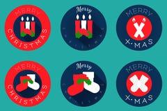 Επίπεδο σχέδιο, κεριά και κάλτσες εικονιδίων Χριστουγέννων Απεικόνιση αποθεμάτων