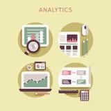 Επίπεδο σύνολο εικονιδίων σχεδίου στοιχείων analytics Στοκ Εικόνες