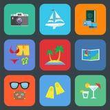 Επίπεδο σύνολο εικονιδίων ταξιδιού ή διακοπών απεικόνιση αποθεμάτων