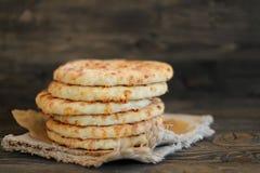 Επίπεδο ψωμί τυριών Στοκ εικόνες με δικαίωμα ελεύθερης χρήσης