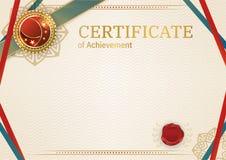 Επίσημο αναδρομικό πιστοποιητικό με τα κόκκινα χρυσά στοιχεία σχεδίου Κόκκινη κορδέλλα και κόκκινο έμβλημα Εκλεκτής ποιότητας σύγ Στοκ Εικόνες