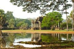 επίσης angkor που χτίζει της Καμπότζης γοητείας καλλιέργειας αυγής το διάσημο πλήρη κόσμο ορόσημων κληρονομιάς ιστορικό τεράστιο  Στοκ φωτογραφία με δικαίωμα ελεύθερης χρήσης