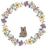 επίσης corel σύρετε το διάνυσμα απεικόνισης Στεφάνι των λουλουδιών και των πράσινων φύλλων με μια αρκούδα διακοπές Η απομονωμένη  διανυσματική απεικόνιση