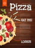 επίσης corel σύρετε το διάνυσμα απεικόνισης Νόστιμη πίτσα στην ξύλινη σύσταση Υπόβαθρο γρήγορου φαγητού Στοκ Φωτογραφία